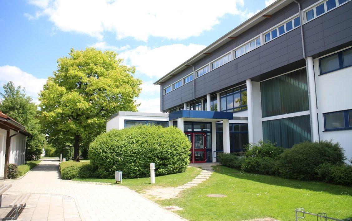 Grundschule Neukeferloh Seite