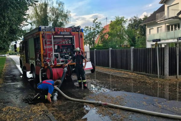 Freiwillige Feuerwehr Grasbrunn in der Gruenlandstr.