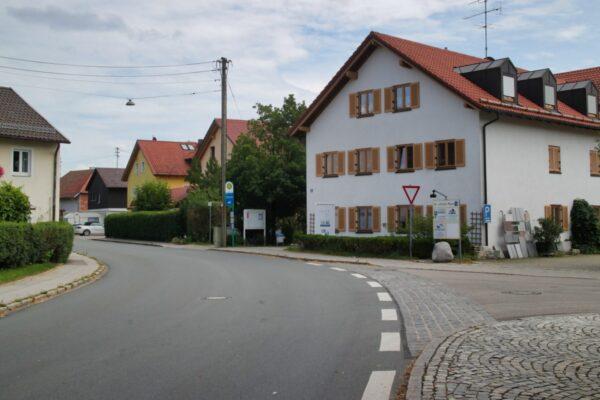 Ecke Bürgerhaus Grasbrunn