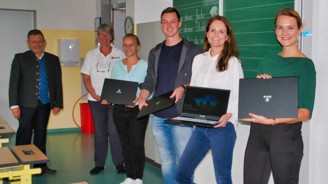 Laptops für die Grundschule Neukeferloh