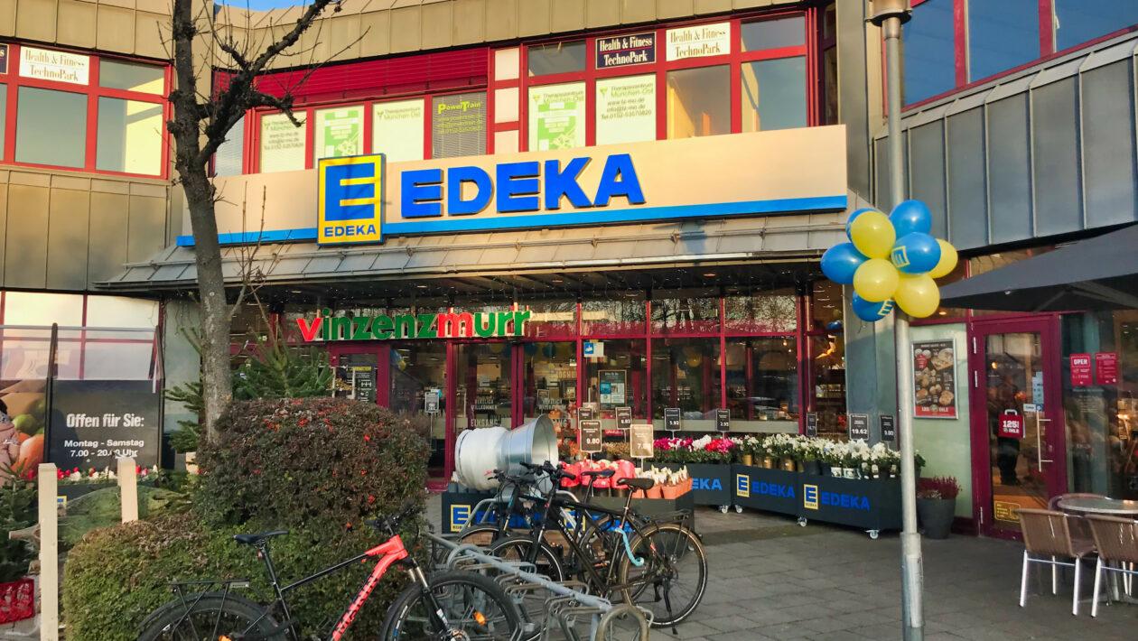 EDEKA_Neueröffnung Eingang