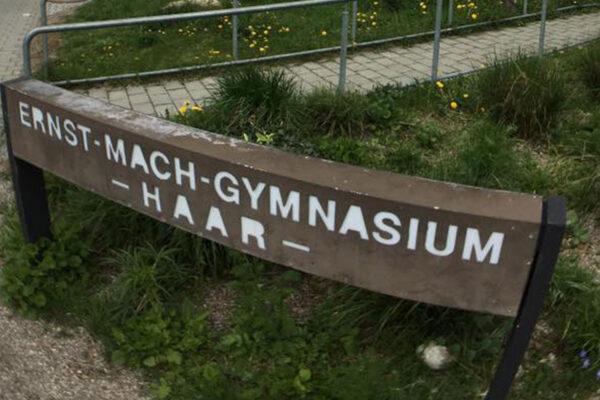Ernst-Mach-Gymnasium Haar Schild
