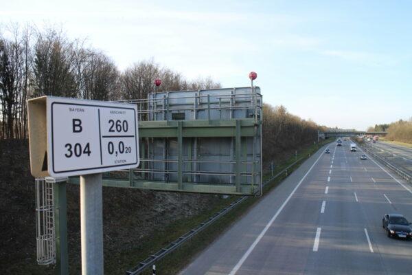 Autobahn A99 -B304