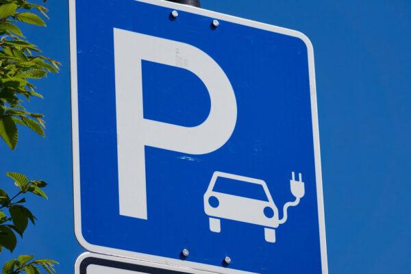 Parkplatz E-Ladestation
