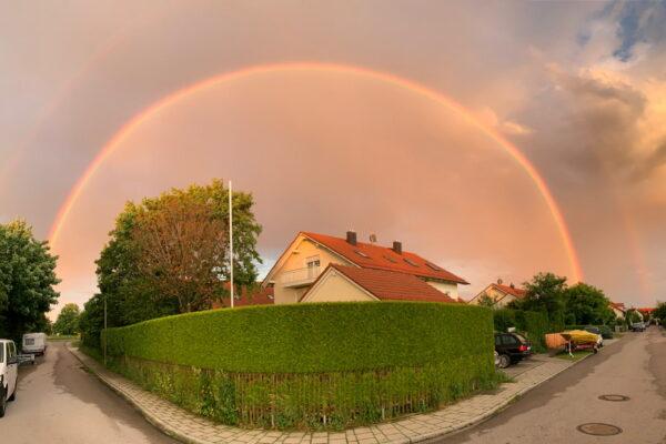 Regenbogen Haarer Weg