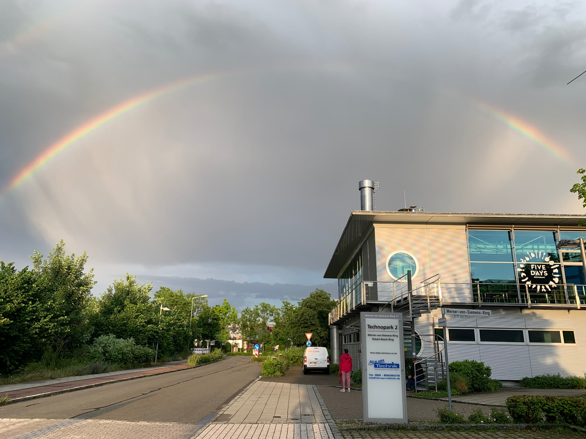Regenbogen Technopark